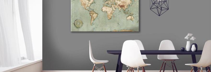 une carte du monde design