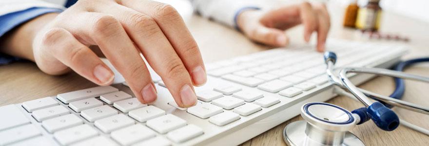 Dénicher un médecin rapidement en ligne